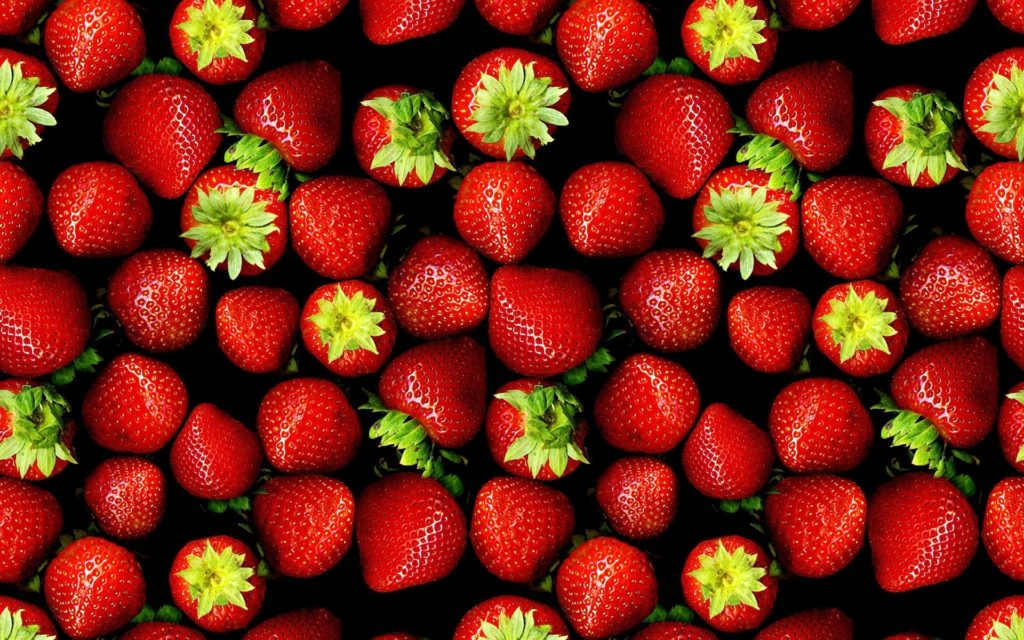 strawberries-backgroung-1